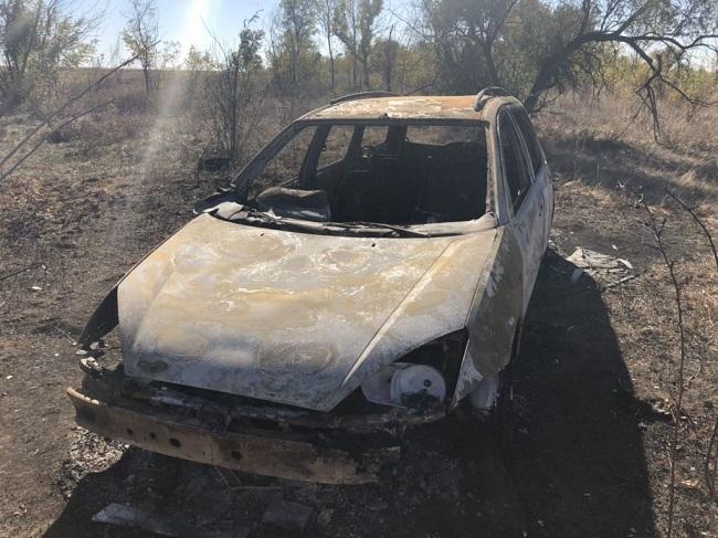 сожженый автомобиль
