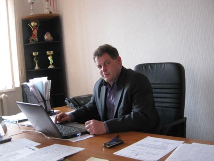 В.Михов