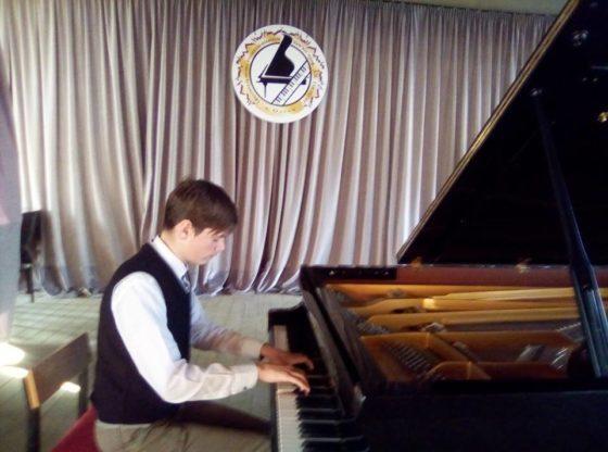 Тарутинский пианист