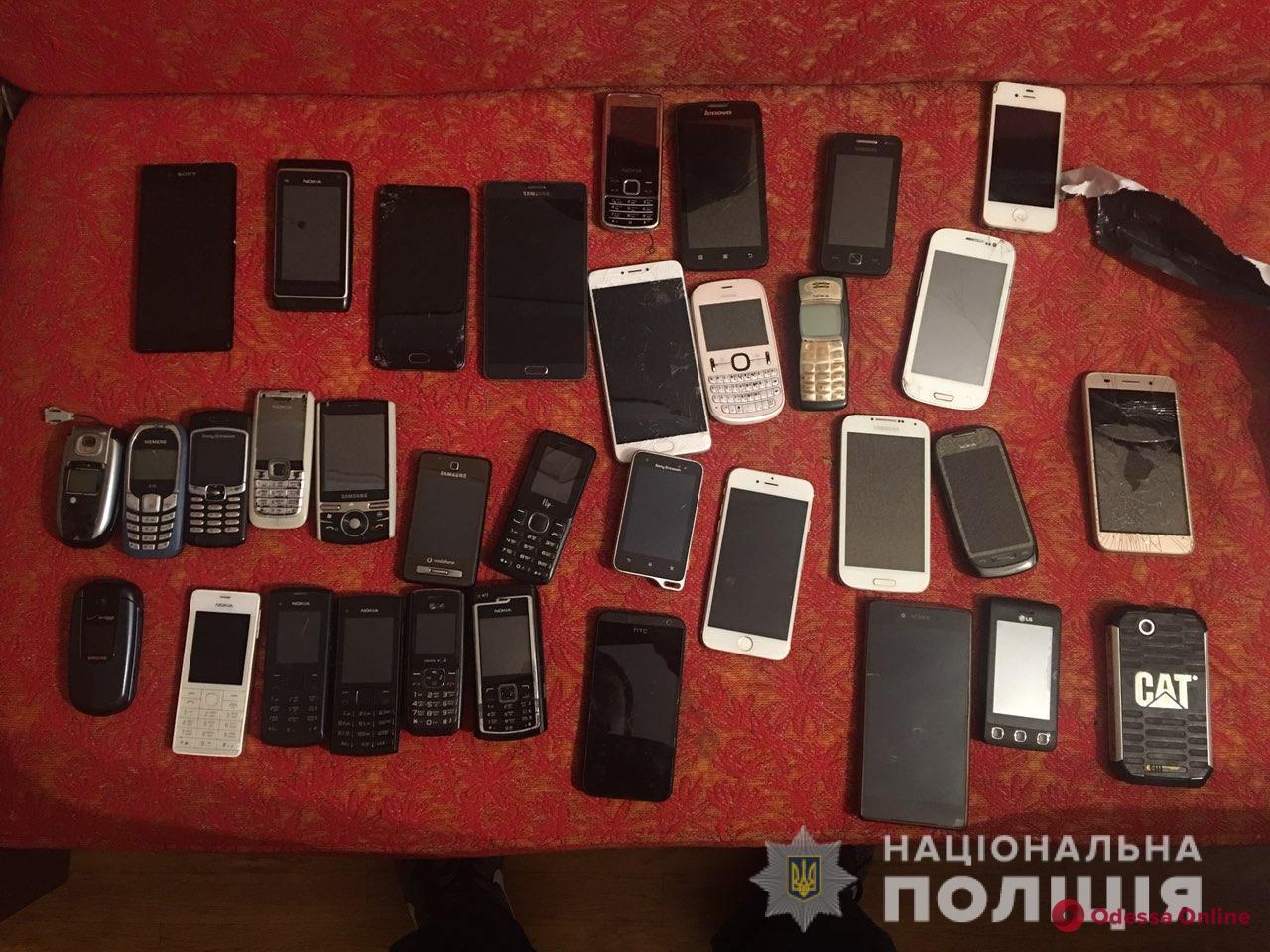 краденные телефоны