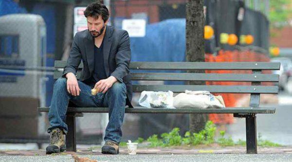 мужчина в отчаянии
