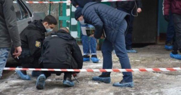 Выяснились подробности жуткого убийства, в котором сын отрезал голову отцу