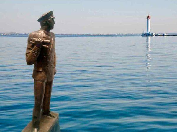 """""""Капитан дальнего плаванья""""- в Одессе открывают новый памятник"""