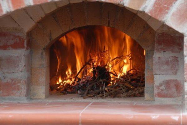 В Измаильском районе печь в доме, стала причиной серьезного пожара