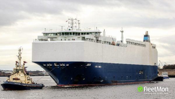 Одесский экипаж судна отбил нападение пиратов в африканской Касабланке