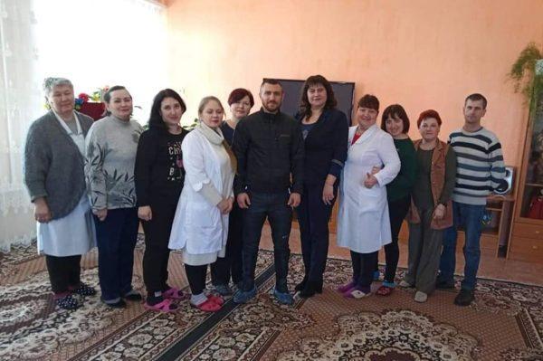 В Белгороде-Днестровском центре реабилитации детей побывал известный боксёр Василий Ломаченко