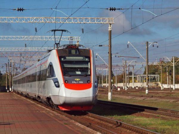 Скоростная железная дорога европейской колеи пройдет в Украине от Львова до Одессы через Киев