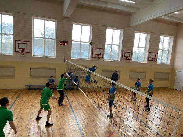 В Арцизской громаде определены финалисты волейбольных соревнований среди коллективов физкультуры