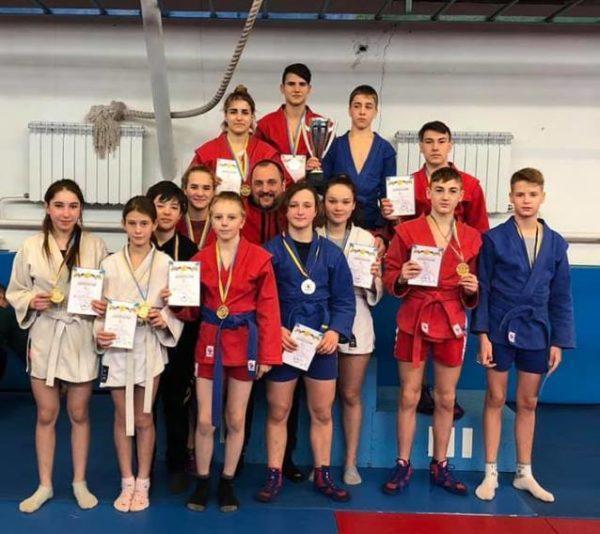 Арцизские спортсмены заняли призовые места на областном турнире по борьбе и самбо