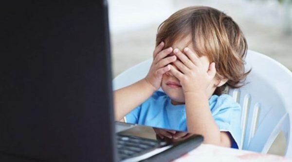 «Нет» детским суицидам и опасности в Интернете: в Татарбунарах прошла инфовстреча
