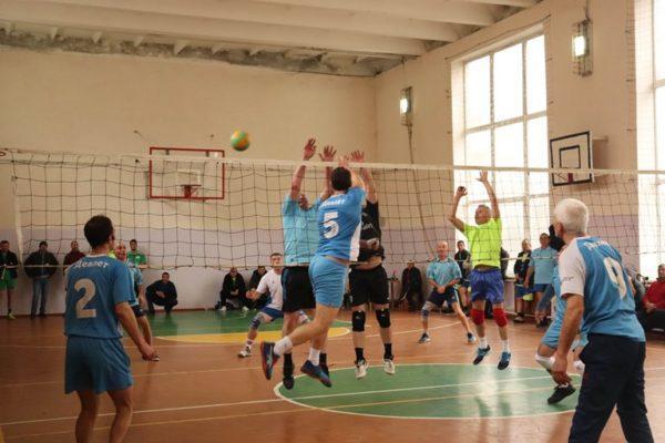 В Арцизской громаде определилась лучшая волейбольная команда среди ветеранов