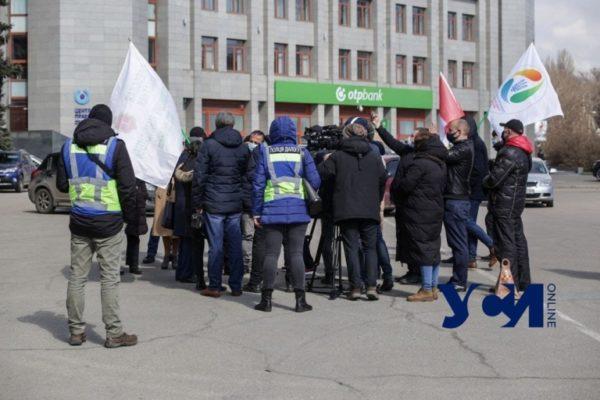 Предприниматели Одессы вышли на митинг против усиленного карантина