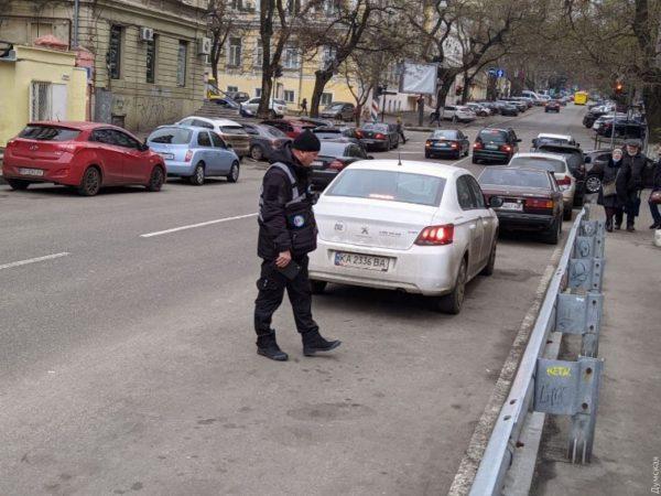 В Одессе нарушители правил парковки смогут платить штрафы онлайн
