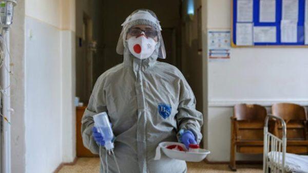 Шмыгаль заявил о начале третьей волны пандемии COVID-19