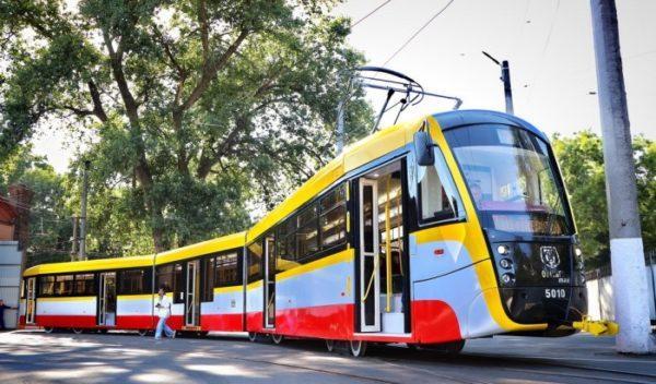 В Одессе появился третий трамвай «Odissey max»
