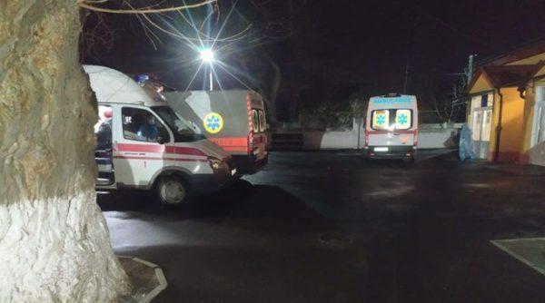 Коронавирус в Измаиле: в больницах не хватает мест, медики разворачивают дополнительные койки