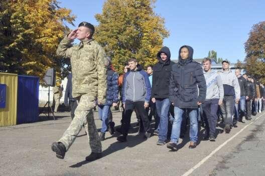 В Одесской области насчитано около 20 тысяч парней, отклонившихся от  от армии