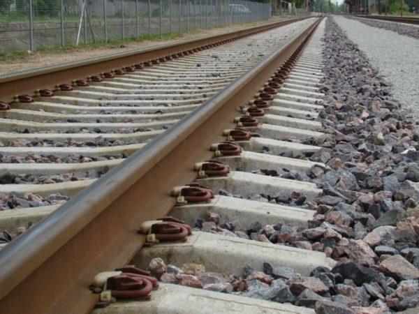 В Одессе мужчину сбил поезд