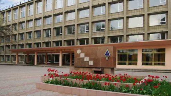 Одесским судом было решено закрыть военную кафедру и общежитие одесского политеха