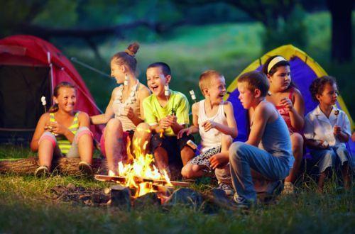 Как будут работать детские лагеря этим летом: ответ министра