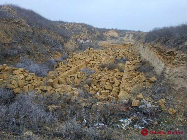 Делец ответит в суде за незаконную добычу ракушечника в Одесской области