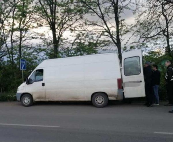 На окраине Арциза задержали микроавтобус с тонной контрабандного спирта