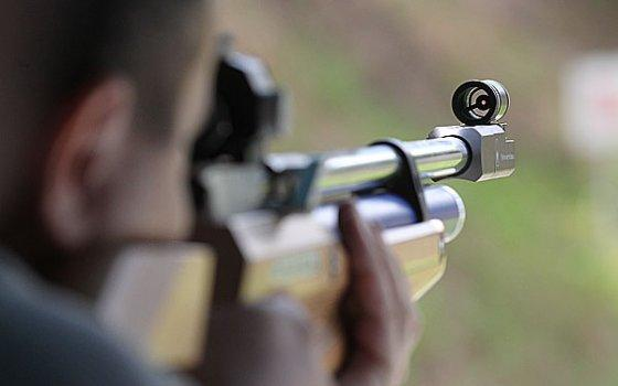 Школьники Арцизской громады соревновались в стрельбе из пневматической винтовки