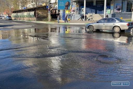 Центр Черноморска оказался под водой