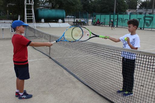 В Измаиле прошло Первенство по большому теннису ко Дню защиты детей