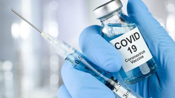 В Украине стартует вакцинация коллективов
