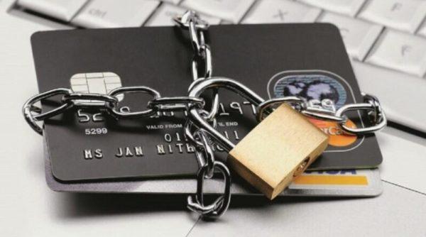 За 10 минут арестовывают счета, блокируют карты и списывают деньги: Одесский водоканал кардинально борется с должниками