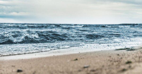 Морская вода на пляжах Одесской области чистая