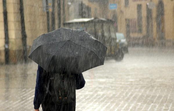 Одесскую область накроют грозы и дожди