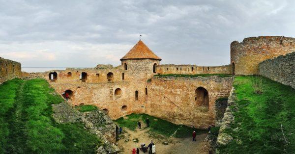 Над Аккерманской крепостью нависла угроза обрушения