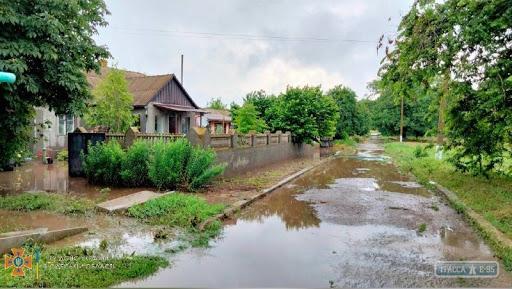 Спасатели Одесской области ликвидируют последствия сильных ливней