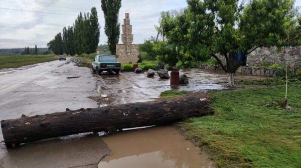 Разрушительный ливень обрушился на Болградский район: затоплены улицы и дома