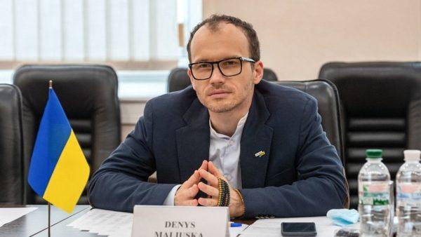 Министр юстиции взял на работу заключенную с пожизненным сроком – СМИ