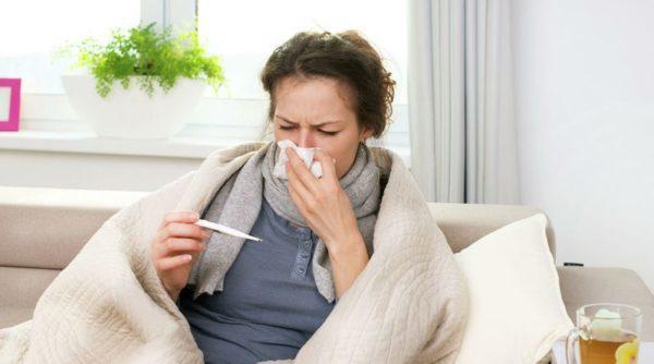 """В Украину идут три опасных штамма гриппа: когда будет пик заболеваемости и почему его путают с """"ковидом"""""""