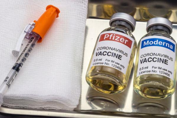 В Минздраве разрешили комбинировать вакцины Moderna и Pfizer