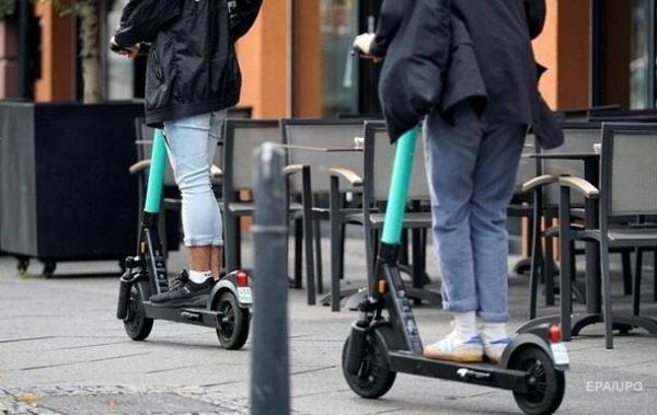 Во Львове суд признал самокат транспортным средством