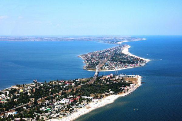 МОЗ не рекомендует купаться на пляжах Затоки в Одесской области