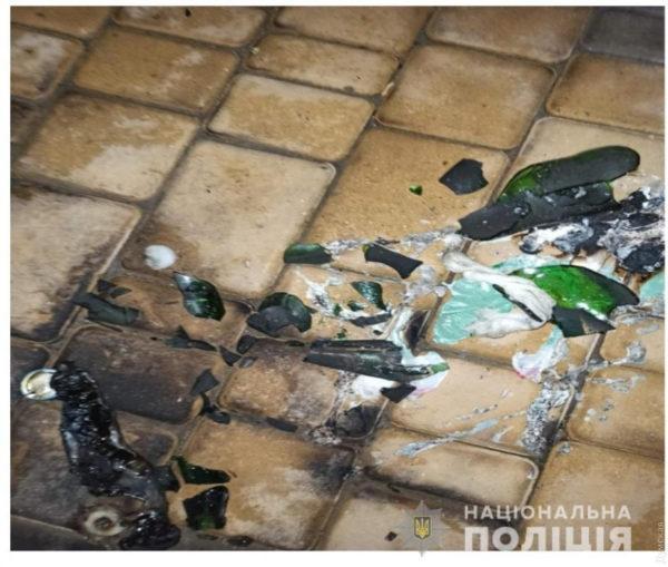 В Болграде неизвестный поджег магазин
