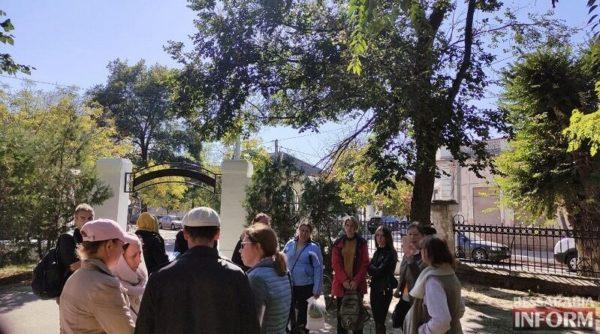 """""""Не для нас, а против нас"""": некоторые жители Белгорода-Днестровского вышли на митинг против принудительной вакцинации"""